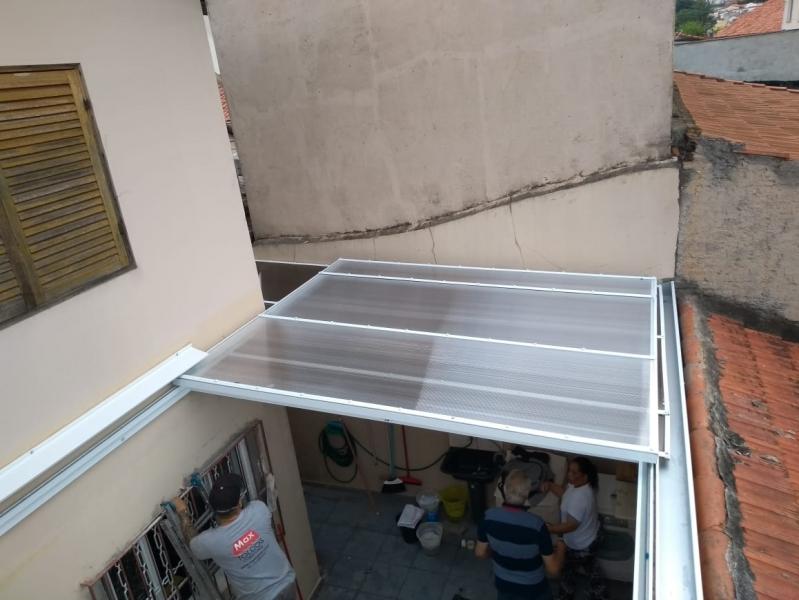 Cobertura de Estacionamento em Policarbonato Jardim Silveira - Cobertura Estacionamento Condomínio